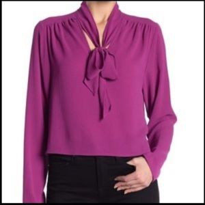 💜FREE PRESS💜CROPPED CRÊPE BLOUSE W/ NECK TIE💜